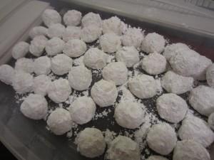 almond_snowballs